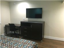 Hotel Name - Bakersfield-Downtowner-King-Amenities