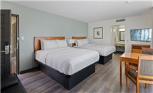 Renovated Two Queen Suite