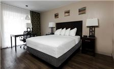 Vagabond Inn Oxnard Premium Queen