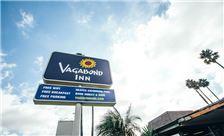Vagabond Inn Oxnard Signage
