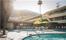 Palm Springs Pool and Hot Tub