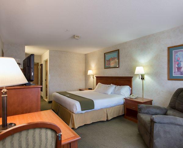 Vagabond Inn Executive - Green Valley Sahuarita 1 King Bed