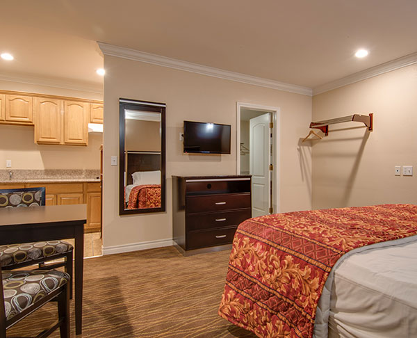 King Room with Kitchenette at Vagabond Inn - La Habra