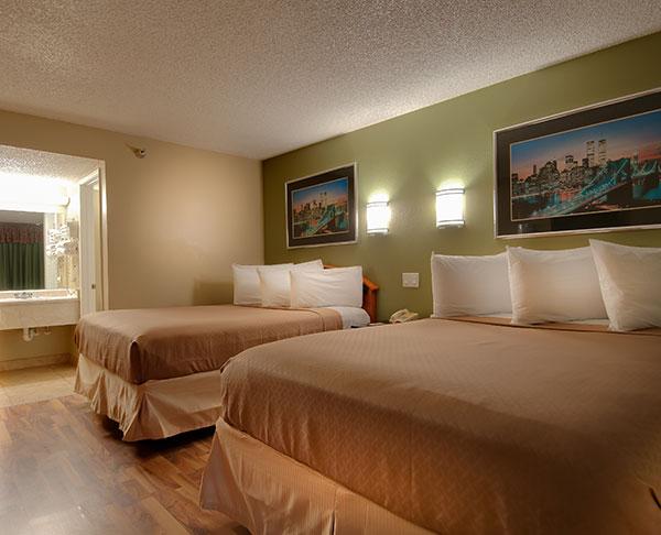 Vagabond Inn - Bakersfield (South) 2 Premium Double Beds
