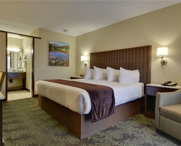 Vagabond Inn - Bishop King Bed