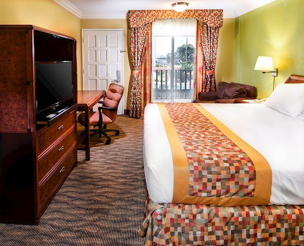 Vagabond Inn - Costa Mesa Suite