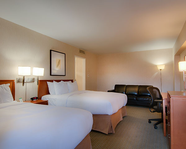 Vagabond Inn - Glendale ADA Accessible 2 Queen Beds