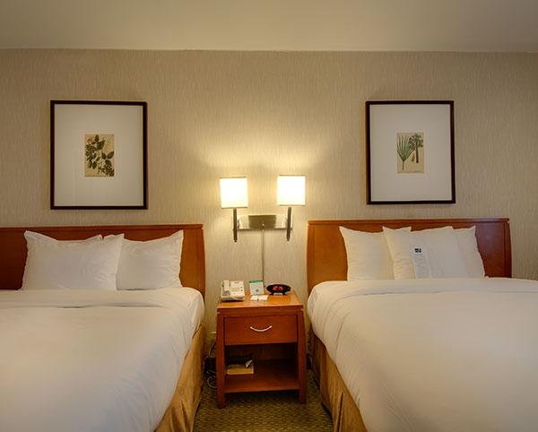 Vagabond Inn - Glendale Queen Bed