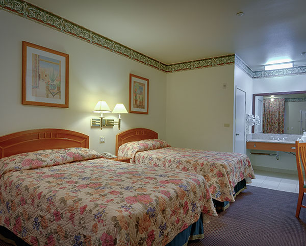 Vagabond Inn - Hacienda Heights Two Double Beds