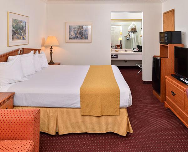 Vagabond Inn - Klamath Falls Queen Bed