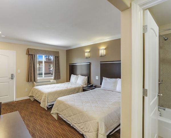 Two Double Bed Room at Vagabond Inn - La Habra