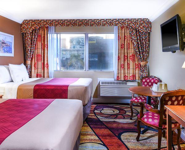 Vagabond Inn - Long Beach Two Double Beds