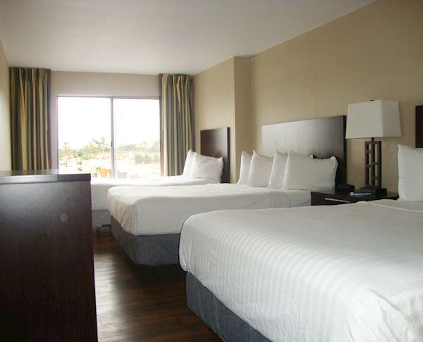 Vagabond Inn - Oxnard Family Suite