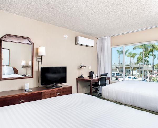 Vagabond Inn - San Diego Airport Marina N/S Two Queen Beds