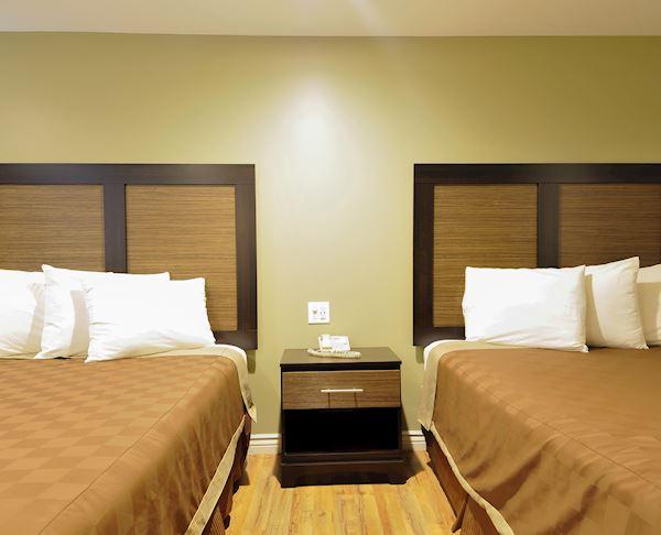 Vagabond Inn - Sunnyvale N/S Two Queen Beds