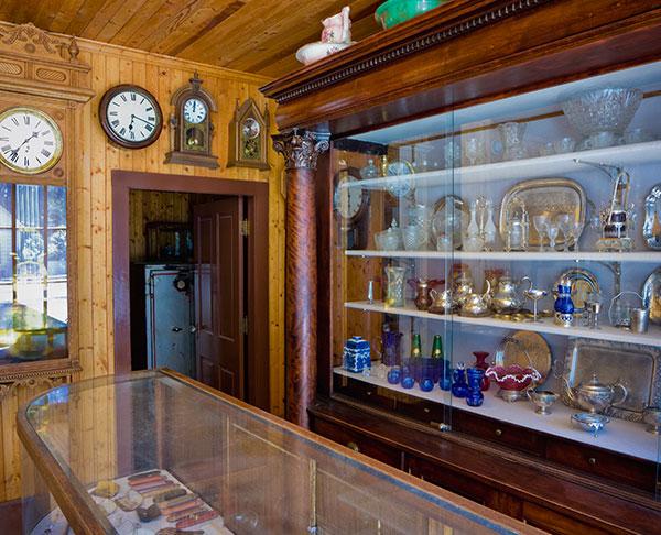 Whittier - Whittier Museum