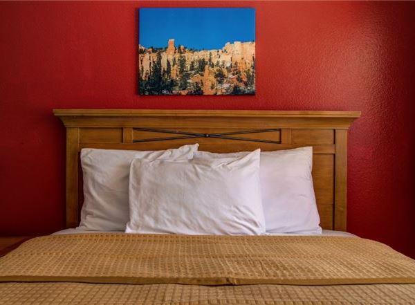 Vagabond Inn - Cedar City Rooms