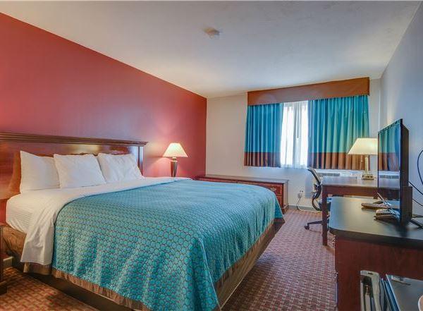 Hayward Rooms