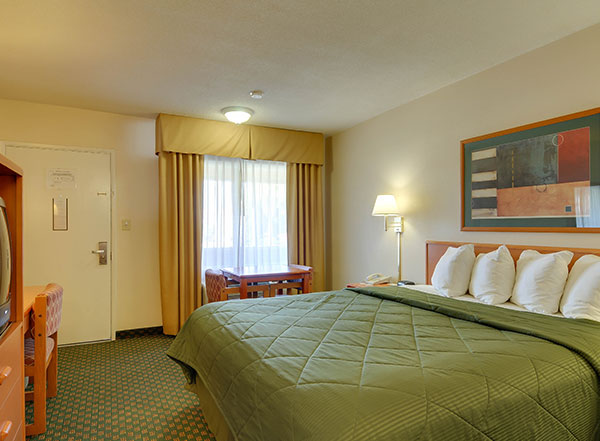 Vagabond Inn - Chula Vista Rooms