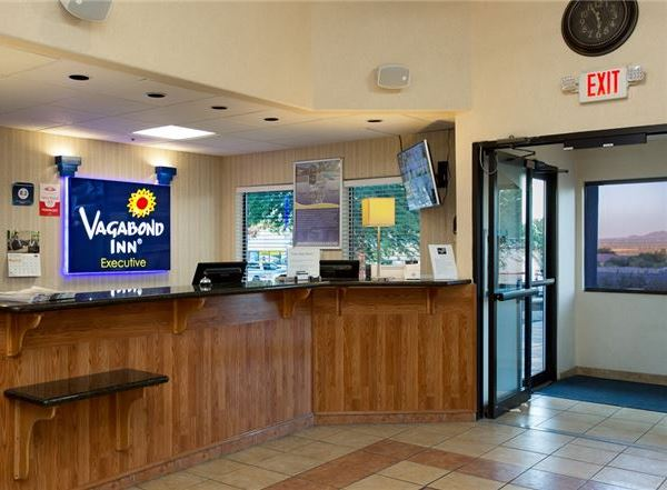 Vagabond Inn Executive - Green Valley Sahuarita Specials