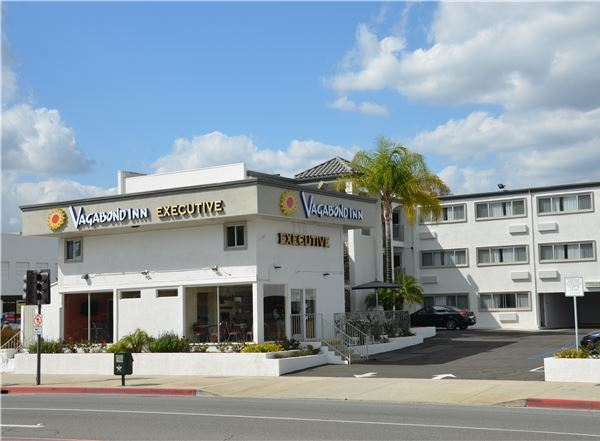 Vagabond Inn Executive - Pasadena Location