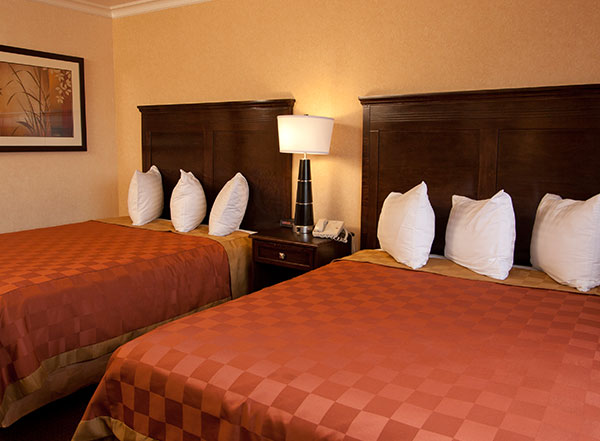 Vagabond Inn Executive - Pasadena Rooms
