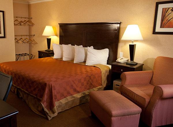 Vagabond Inn Executive - Pasadena Specials