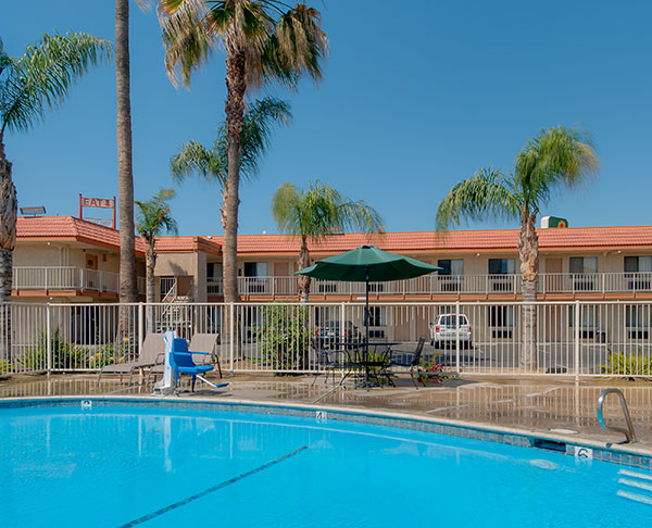 Vagabond Inn - Bakersfield (North) - Central Calfiornia