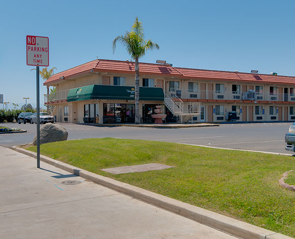 Vagabond Inn - Bakersfield (South) - Central Calfiornia