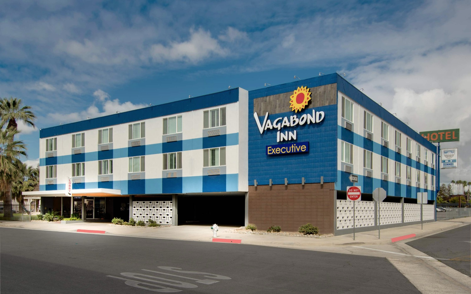 Central Calfiornia Vagabond Inn Executive Bakersfield Downtowner