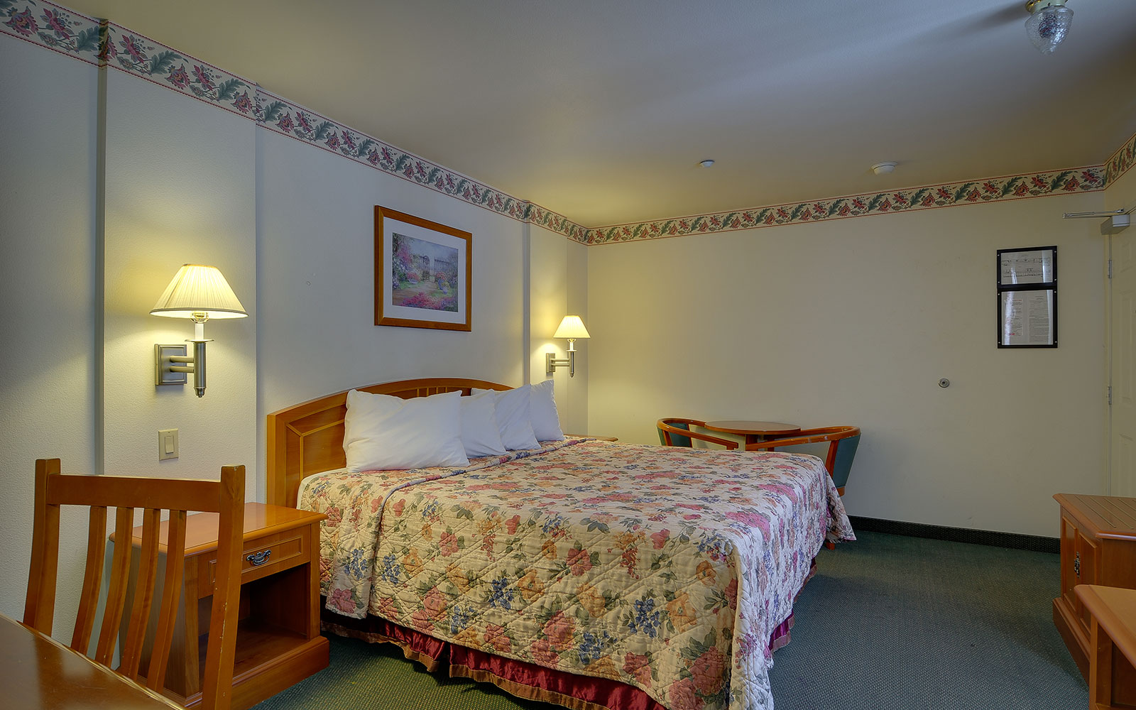 Oxnard Hotel Rooms