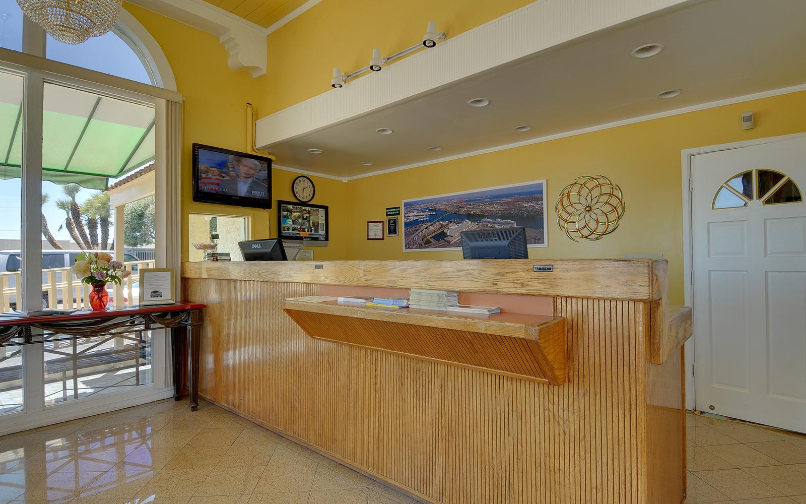 California Hotel Customer Service Vagabond Inn Hotels