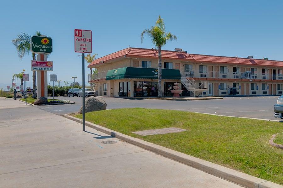 Affordable west coast california hotels vagabond inn hotels for Coast to coast motors hayward ca